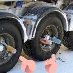 Для чего у многих грузовиков бутылки на колесах 1 150x150 - Для чего у многих грузовиков бутылки на колесах?